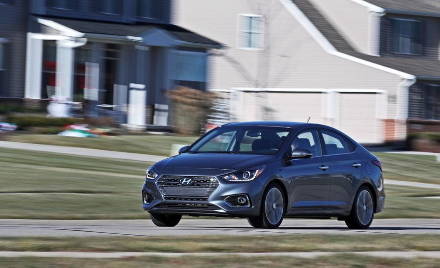2018 Hyundai Accent Limited - Slide 8