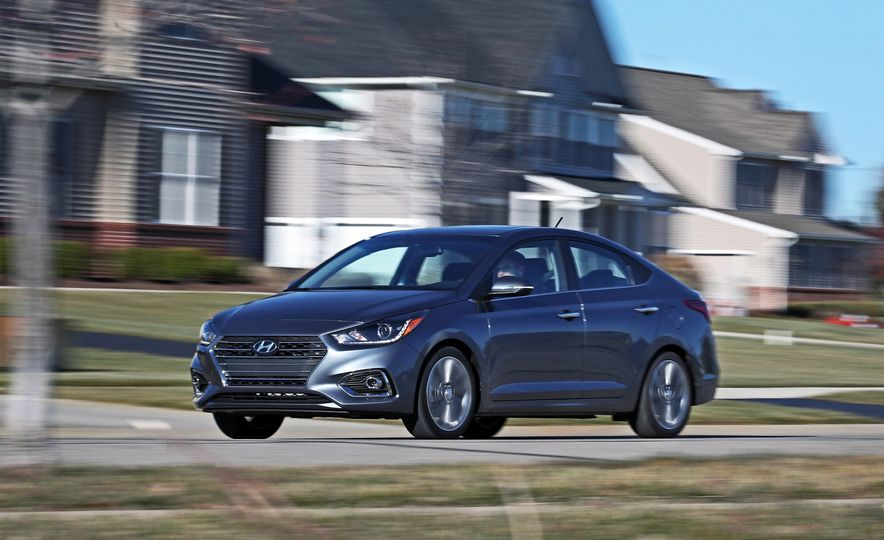 2018 Hyundai Accent Limited - Slide 9