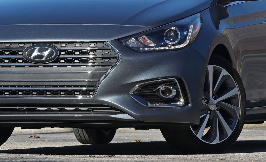 2018 Hyundai Accent Limited - Slide 18