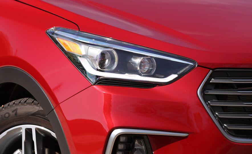 2018 Hyundai Santa Fe Limited Ultimate AWD - Slide 31