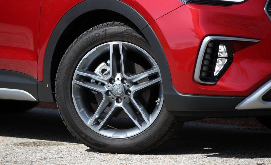 2018 Hyundai Santa Fe Limited Ultimate AWD - Slide 37