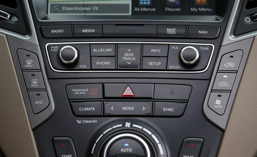 2018 Hyundai Santa Fe Limited Ultimate AWD - Slide 56