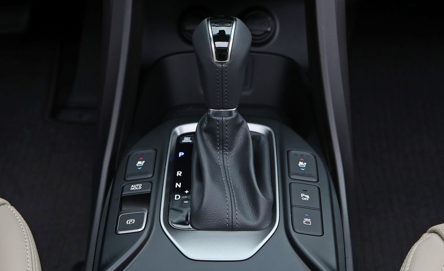 2018 Hyundai Santa Fe Limited Ultimate AWD - Slide 62