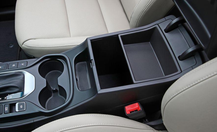 2018 Hyundai Santa Fe Limited Ultimate AWD - Slide 64