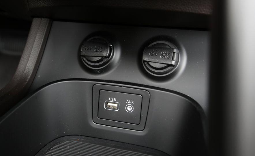 2018 Hyundai Santa Fe Limited Ultimate AWD - Slide 70