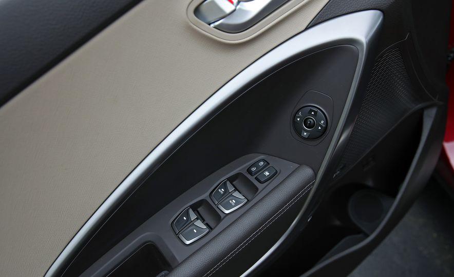 2018 Hyundai Santa Fe Limited Ultimate AWD - Slide 72