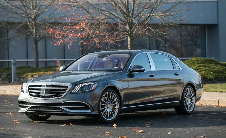2018 Mercedes-Maybach S560 4Matic - Slide 16
