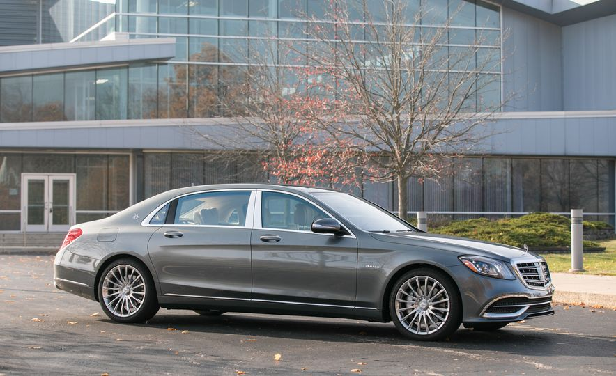 2018 Mercedes-Maybach S560 4Matic - Slide 23