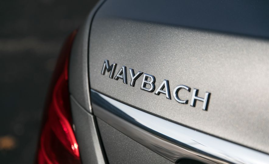 2018 Mercedes-Maybach S560 4Matic - Slide 45