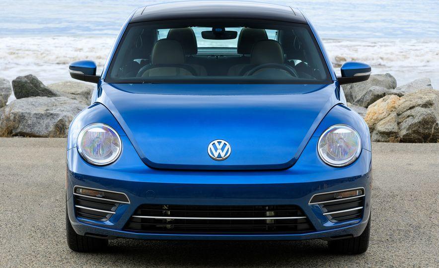 2018 Volkswagen Beetle Coast Trim Edition - Slide 8
