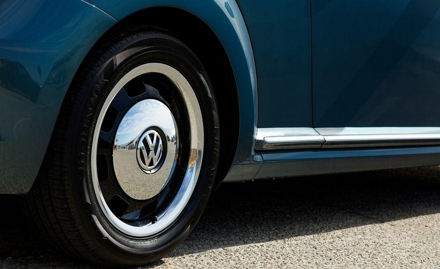 2018 Volkswagen Beetle Coast Trim Edition - Slide 9