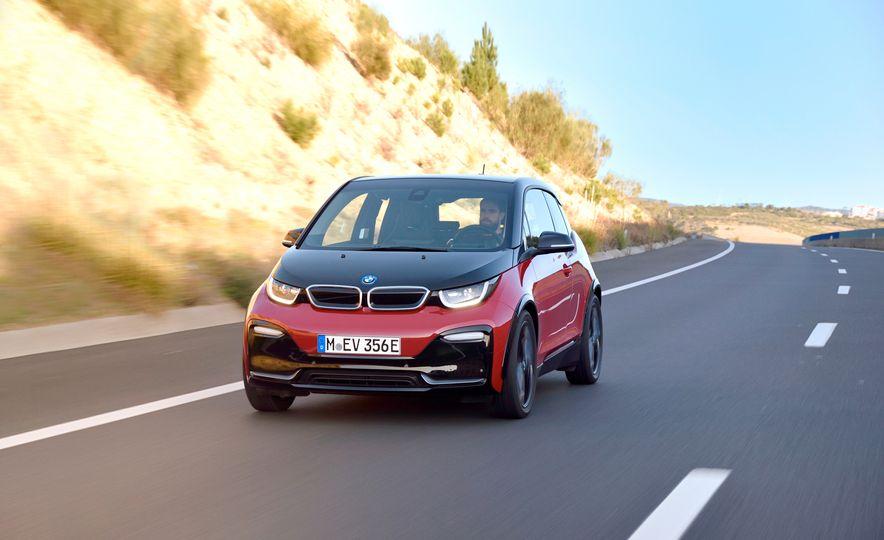 2018 BMW i3s - Slide 2