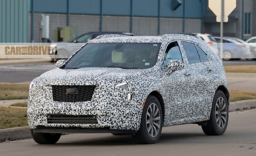 2019 Cadillac XT4 (spy photo) - Slide 2