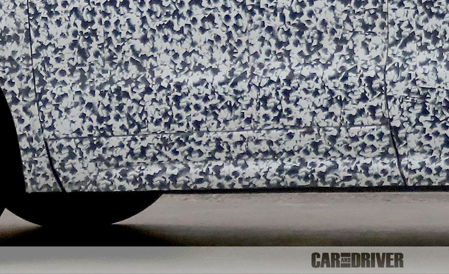 2019 Cadillac XT4 (spy photo) - Slide 20