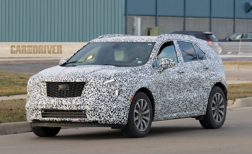 2019 Cadillac XT4 (spy photo) - Slide 3