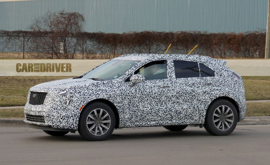 2019 Cadillac XT4 (spy photo) - Slide 7
