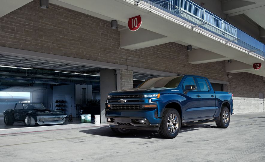 The 15 Things You Need to Know about the 2019 Chevrolet Silverado 1500 - Slide 15