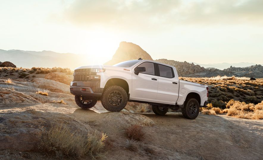 The 15 Things You Need to Know about the 2019 Chevrolet Silverado 1500 - Slide 13
