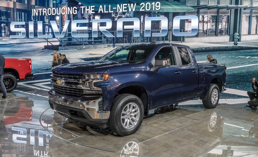 The 15 Things You Need to Know about the 2019 Chevrolet Silverado 1500 - Slide 14