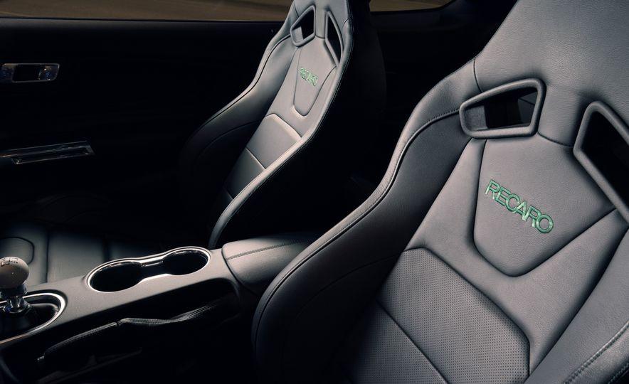 2019 Ford Mustang Bullitt - Slide 9