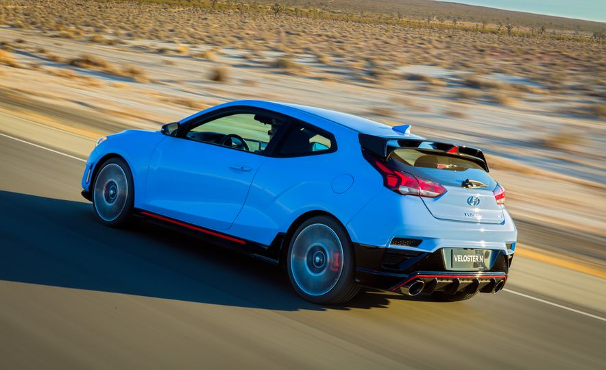 2019-hyundai-veloster-n-Placement - Slide 6