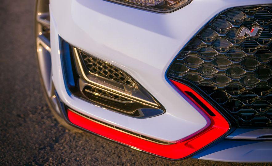 2019 Hyundai Veloster N - Slide 20