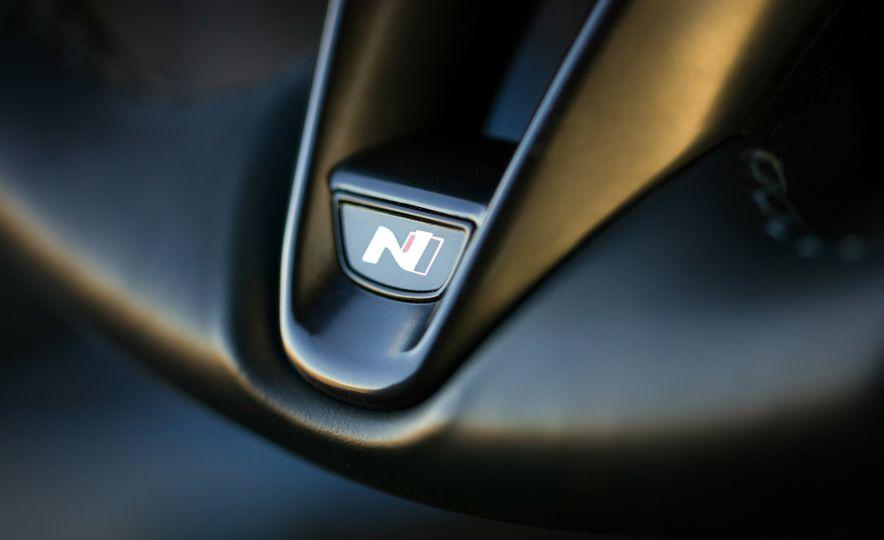 2019 Hyundai Veloster N - Slide 28