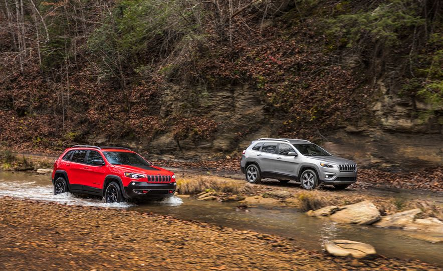 2019 Jeep Cherokee Trailhawk and Jeep Cherokee Limited - Slide 1
