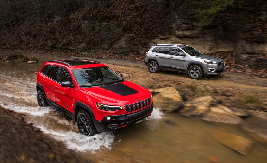 2019 Jeep Cherokee Trailhawk and Jeep Cherokee Limited - Slide 3