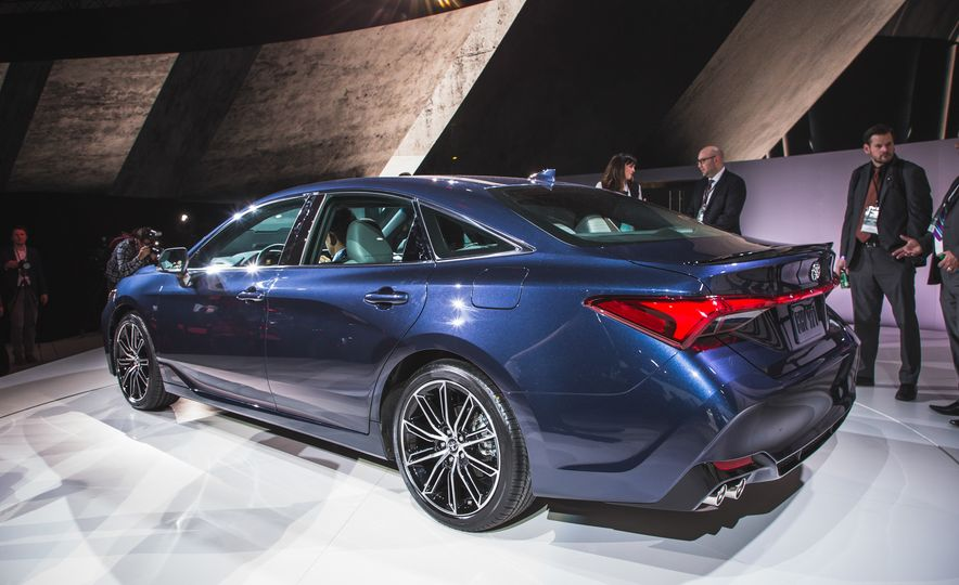 2019 Toyota Avalon - Slide 68