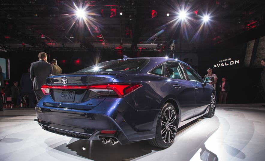 2019 Toyota Avalon - Slide 69