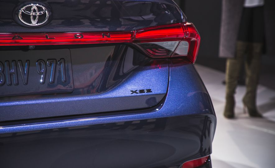 2019 Toyota Avalon - Slide 75