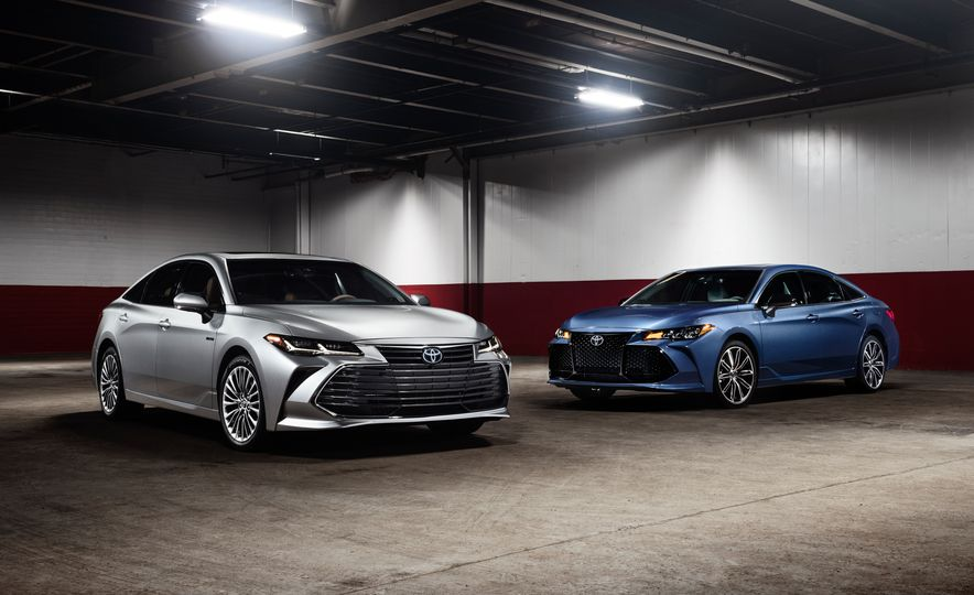 2019 Toyota Avalon - Slide 24
