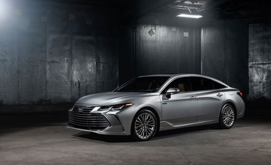 2019 Toyota Avalon - Slide 26
