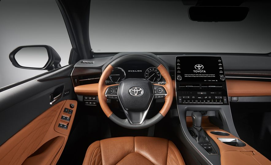 2019 Toyota Avalon - Slide 34