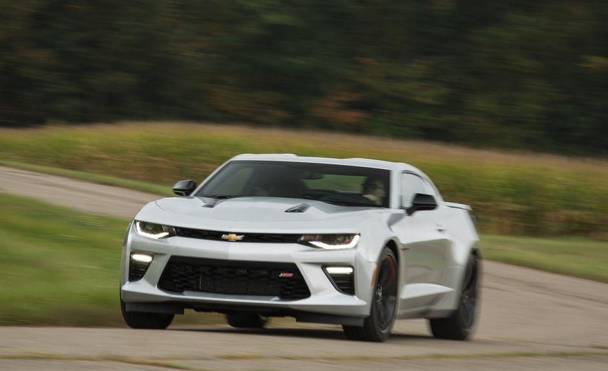 2018 Honda Civic Si sedan, Civic Type R, Civic Sport, 2018 Chevrolet Camaro SS, Camaro ZL1, and Camaro - Slide 9