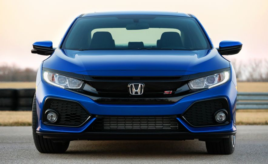 2018 Honda Civic Si sedan, Civic Type R, Civic Sport, 2018 Chevrolet Camaro SS, Camaro ZL1, and Camaro - Slide 30