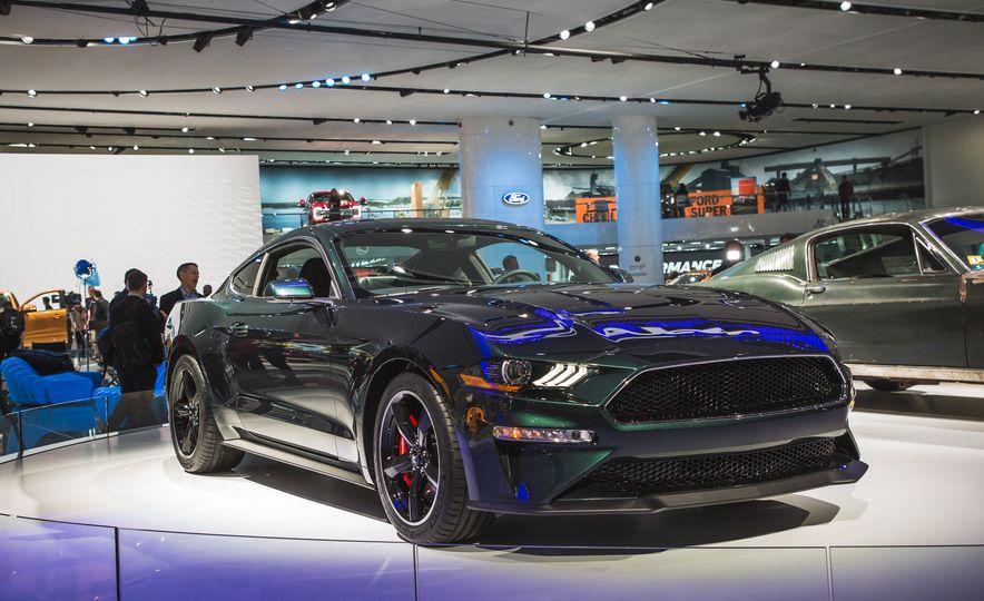 2019 Ford Mustang Bullitt - Slide 10