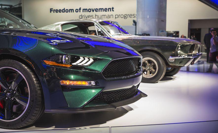 2019 Ford Mustang Bullitt - Slide 16