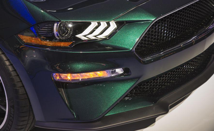 2019 Ford Mustang Bullitt - Slide 18