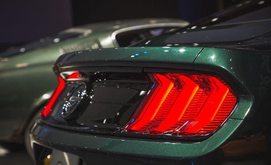 2019 Ford Mustang Bullitt - Slide 19