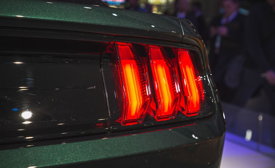 2019 Ford Mustang Bullitt - Slide 20