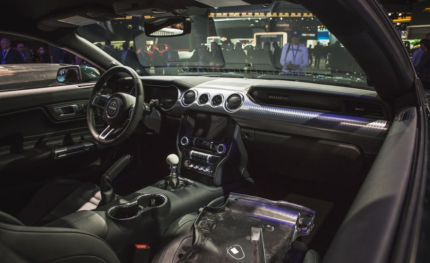 2019 Ford Mustang Bullitt - Slide 25