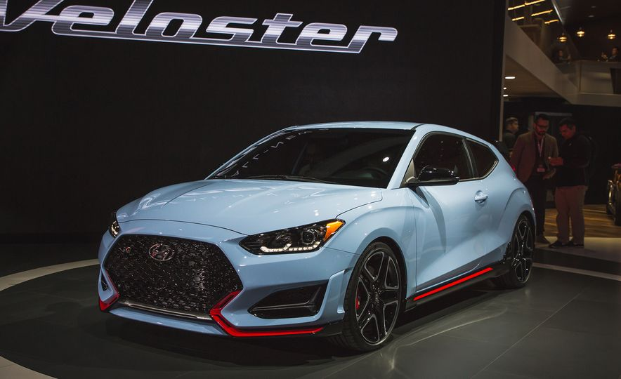 Here Are 10 Things That Make the 2019 Hyundai Veloster N so N-ticing - Slide 5