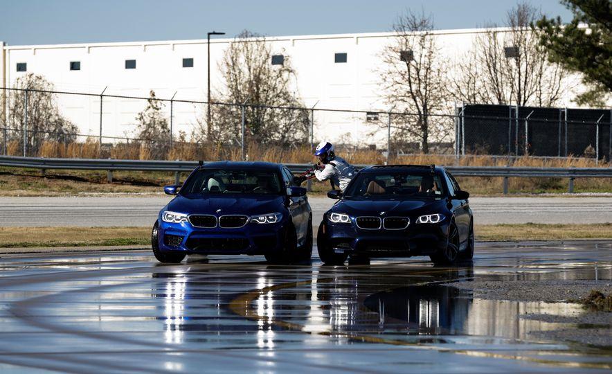 Show Drift: BMW Breaks Two Guinness World Records Drifting the New M5 - Slide 1