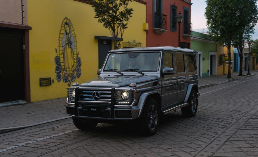 Mercedes-Benz G-500 - Slide 11