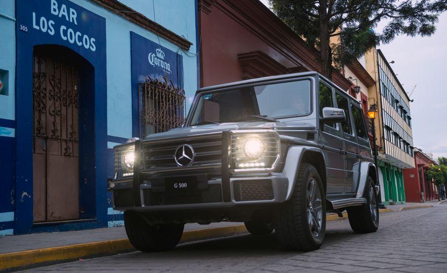 Mercedes-Benz G-500 - Slide 13