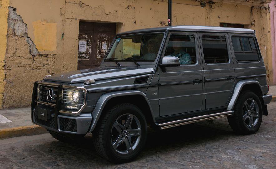 Mercedes-Benz G-500 - Slide 14