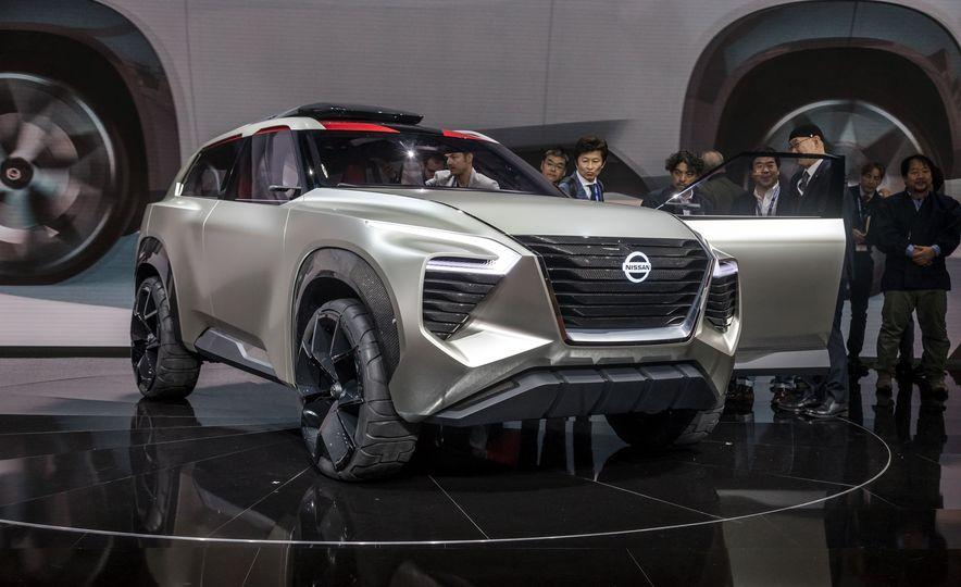 Nissan Xmotion concept - Slide 11