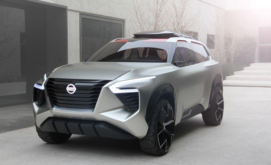 Nissan Xmotion concept - Slide 1